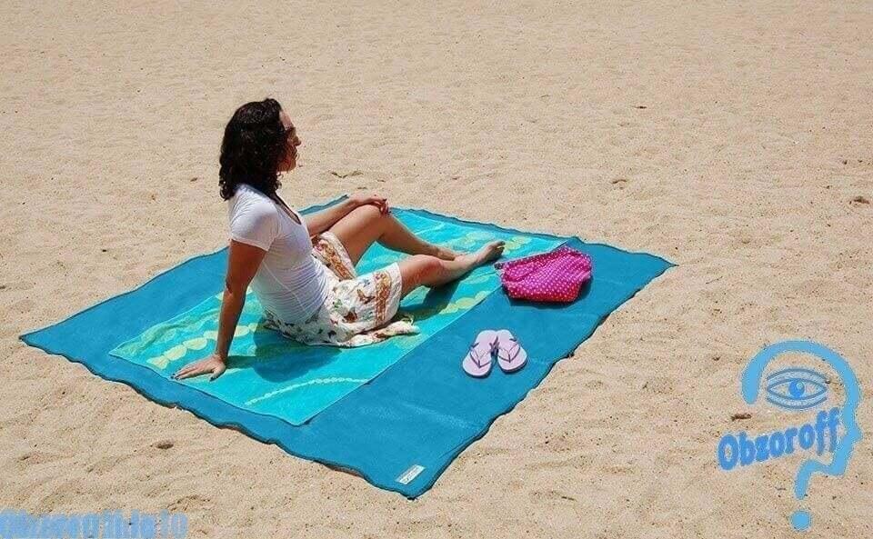 Как выгдядит коврик Sand Free Mat Clap Sand